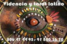 tarotista latina